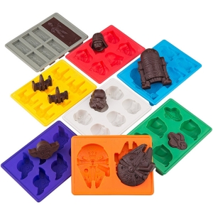 FDA and EU standards Set of 8 Star Wars Silicone Chocolate & Candy Mold & Silicone Ice Cube Tray