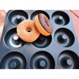 Factory Direct 9 Cavity Premium Silicone Doughnut Bagel Mould, Donut Baking Mold wholesale