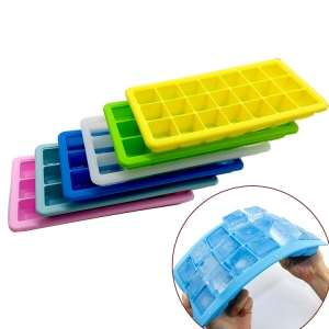 Flexible FDA Approved 21 Cavity Square Mini Silicone Ice Cube Tray with Lid