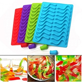 China 20 Cavity Silicone Gummy Worm Chocolate Candy Mold with Liquid Droppers factory