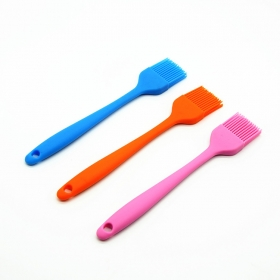 China FDA Approved silicone bbq gril brush , silicone oil brush for kitchen utensil factory