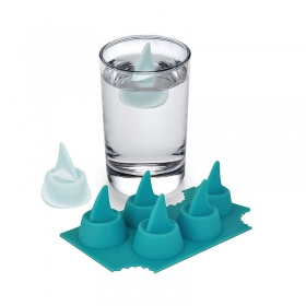Factory Direct BPA Free FDA Silicone Shark Fin Ice Tray Wholesale