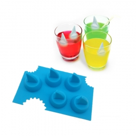 China Food Grade Silicone Shark Fin Ice Cube Tray , Shark Fin Shaped Silicone Ice Mold factory