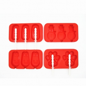 China New Design Set of 4 Silicone Popsicle Mold , Silicone Ice Cream Stick Ice Pop Maker With Lid factory