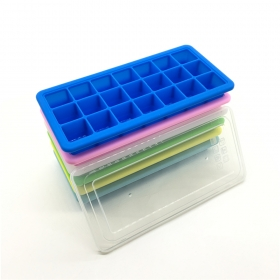 China New arrival ! Food grade 21 cavity Silicone ice cube tray with plastic lid factory