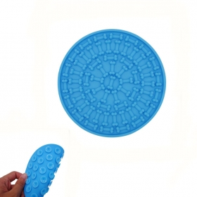 Perfect Silicone Dog Bath Washing Distraction Lick Pad with Suction Cups
