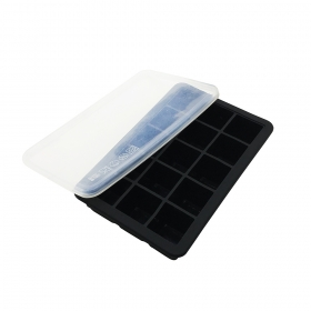 China Summer Hot Classical FDA Silicone Customized 15 cavity Ice Cube tray with Lid factory