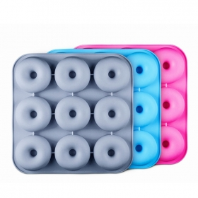 China Wholesale Super Non-Stick FDA Silicone Donut Pan Dishwasher-Safe Silicone Donut Bagels Cake Baking Pan Supplier factory